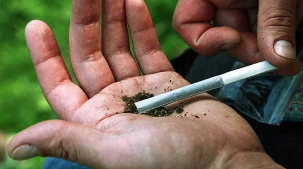 Буковинця заарештували за зберігання великої кількості наркотиків
